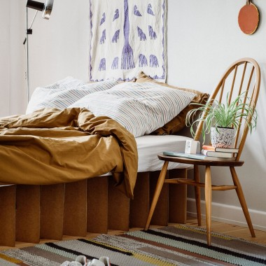 Nachhaltiges Bett 2.0 (natur)   ROOM IN A BOX