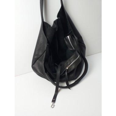 Grotkop Collection RUNJA Schultertasche schwarz, pflanzlich gegerbtes Leder aus Deutschland