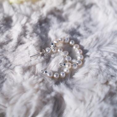 Fünf Perlen Hoops