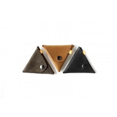 Triangle Wallet - Kleingeldbörse aus schwarzem Leder - Burning Love