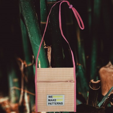 We Make Patterns - Traveller's Purse Peach