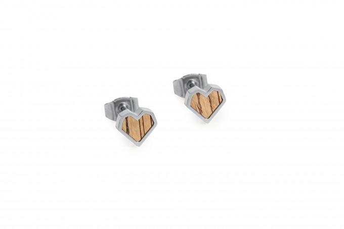 """BeWooden Ohrringe mit Holzdetail - Ohrstecker - Motiv Herz - """"Lini Earrings Heart"""""""