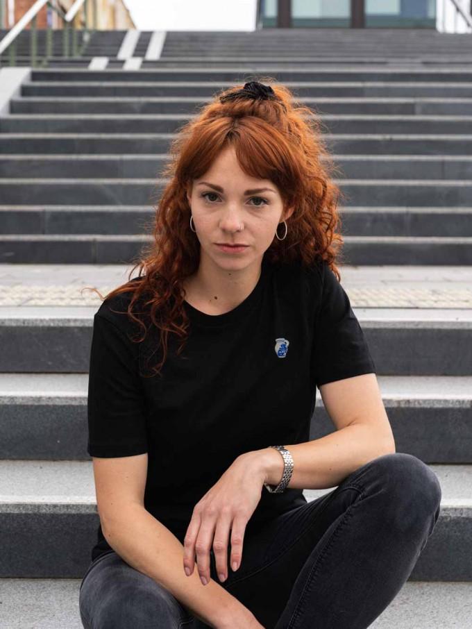 """Stadtliebe®   Frankfurt T-Shirt mit gesticktem """"Bembel"""" Schwarz 100% Bio-Baumwolle"""