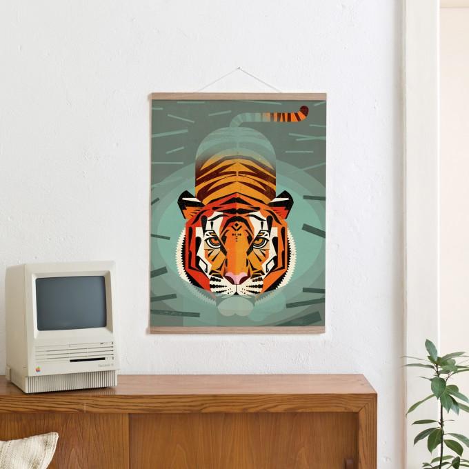 KLEINWAREN / VON LAUFENBERG Set / Swimming Tiger + Magnetische Posterleiste Eiche 50 cm