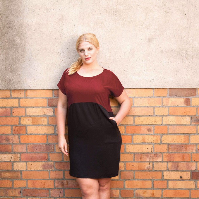 "WiDDA - KLEID AUS TENCEL ""TOO WINE"" IN ROT/SCHWARZ"