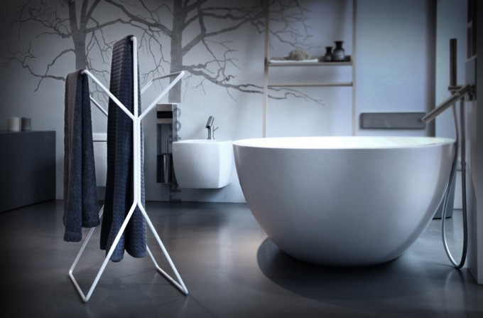wingman - Design Handtuchständer und Stummer Diener (weiß / schwarz)
