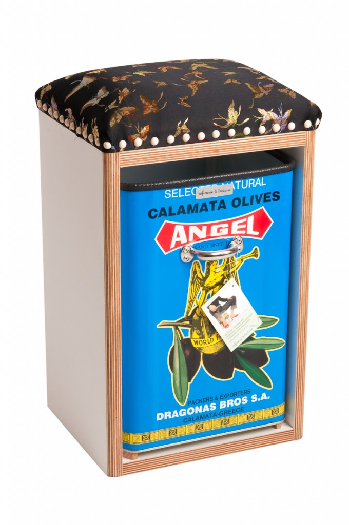 rafinesse & tristesse Hocker little throne - Angel