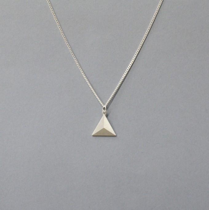 "Teresa Gruber Anhänger ""flat platonics- pyramid"", 925 Silber"