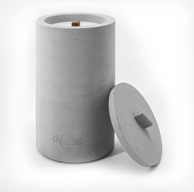Beton-Outdoor-Feuer (H 24cm) mit wetterfestem Betondeckel. Oder: Der nachhaltige Wachs-Fresser von Grellroth Design