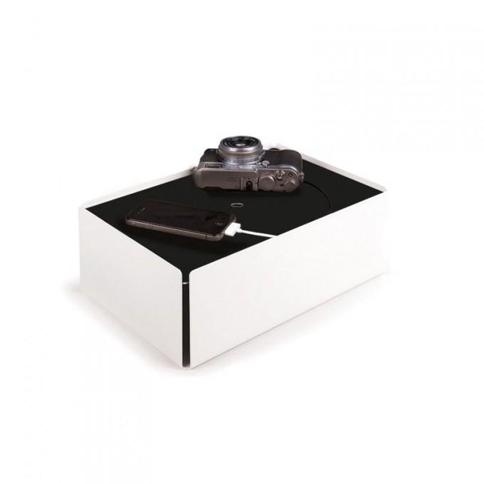 Konstantin Slawinski CHARGE-BOX Kabelbox (weiß)