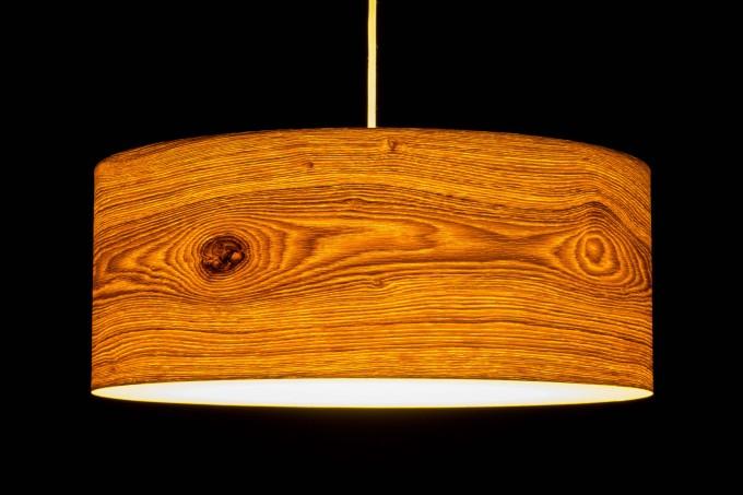 Pendelleuchte CROWN aus Echtholzfurnier 'Eiche astig' (versch. Größen)