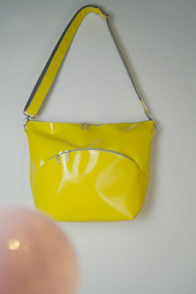Pia Heise - gelbe mittlere Tasche