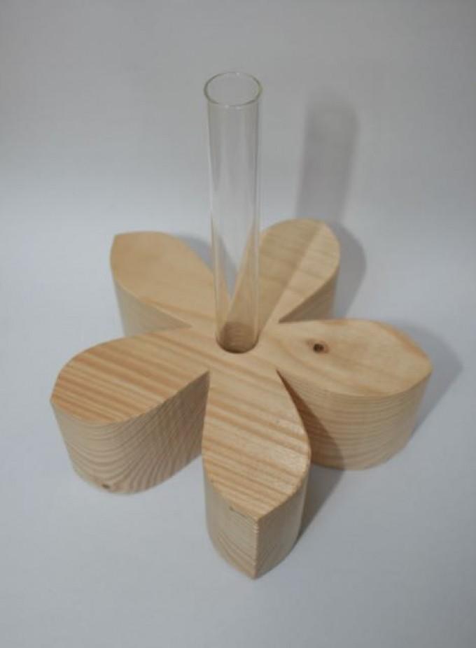 Kernholz Holzblume mit Reagenzglas Natur