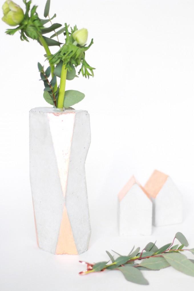 Mhoch3 Betonvase Kupfer, geometrisch
