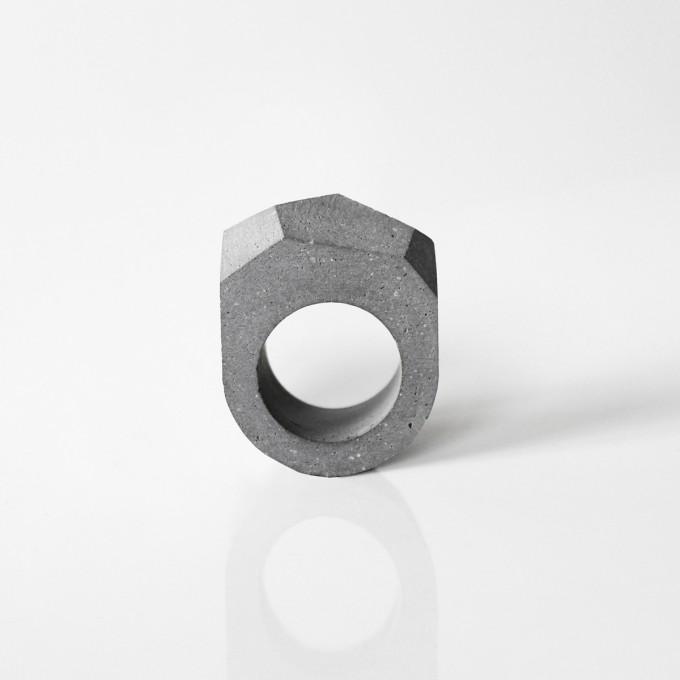 Beton Ring SPSF, moderner Ring,  minimalistischer Schmuck by ORTOGONALE