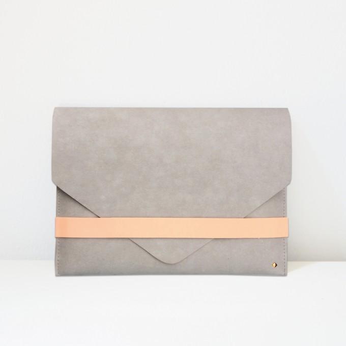 KAMI. iPad case / clutch