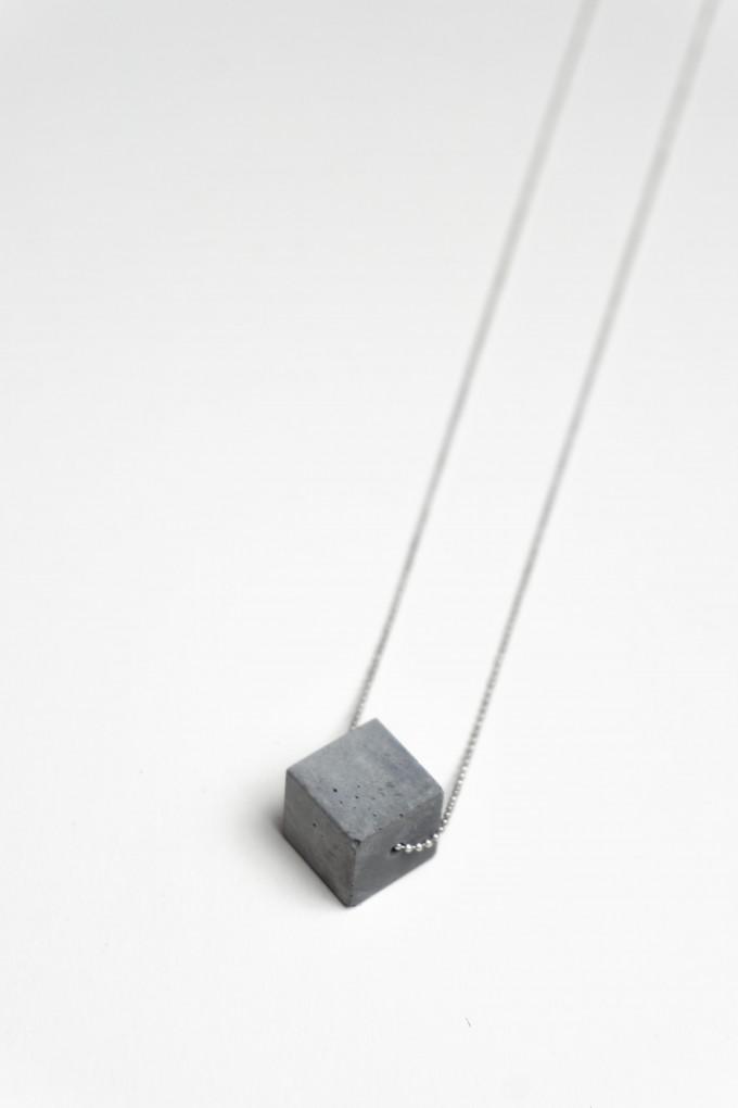 Klunkergrau Betonschmuck | Großer Würfel aus Beton