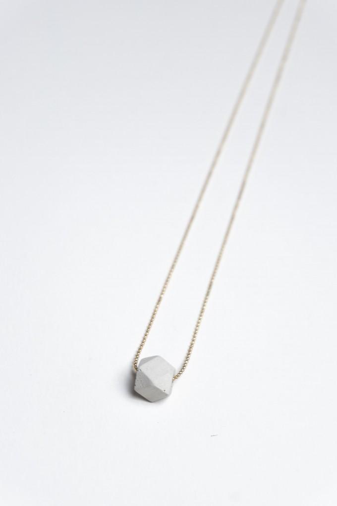 Klunkergrau Betonschmuck | Geometrische Perle aus Beton