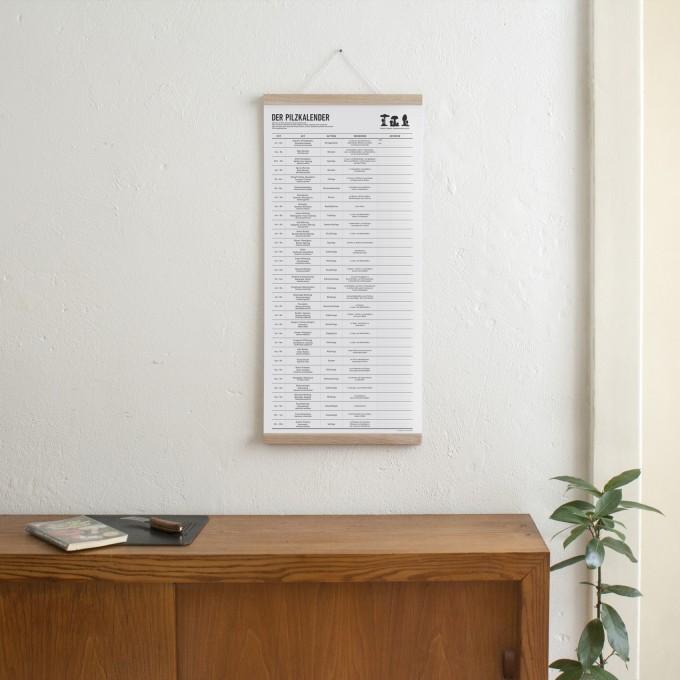 KLEINWAREN / VON LAUFENBERG Set / Der Pilzkalender + Magnetische Posterleiste Eiche A3