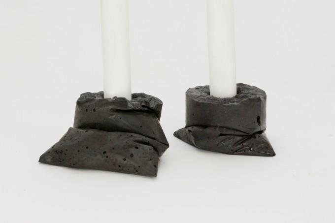 lj lamps kappa schwarz zwei kerzenst nder aus beton. Black Bedroom Furniture Sets. Home Design Ideas