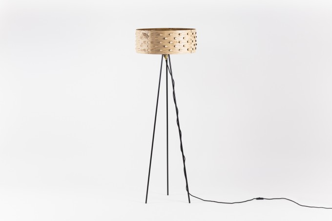 MOYA Stehlampe aus Birkenrinde SVETOCH SS50 | Stehleuchte