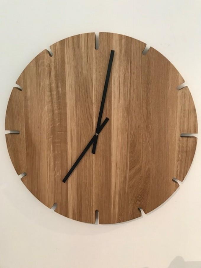 REKORD Wanduhr Eiche massiv 60 cm Industrie Design