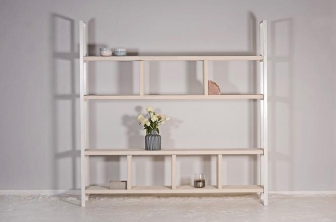 Regal aus recyceltem Bauholz und Stahl | SUSTEREN WIT