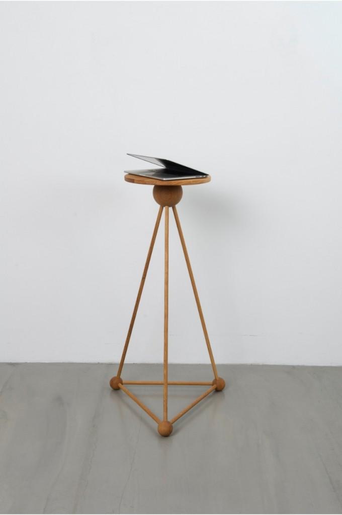 Tidyboy TB.MCLE - Laptop/Skulptur-Tisch