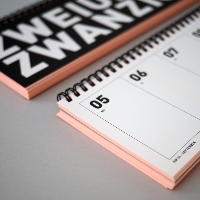 FOX&POET Tischkalender 2022