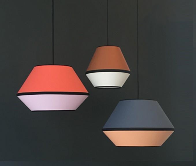 Coloured By – Hängeleuchte MINGUS S /                                   In drei Farbkombinationen erhältlich
