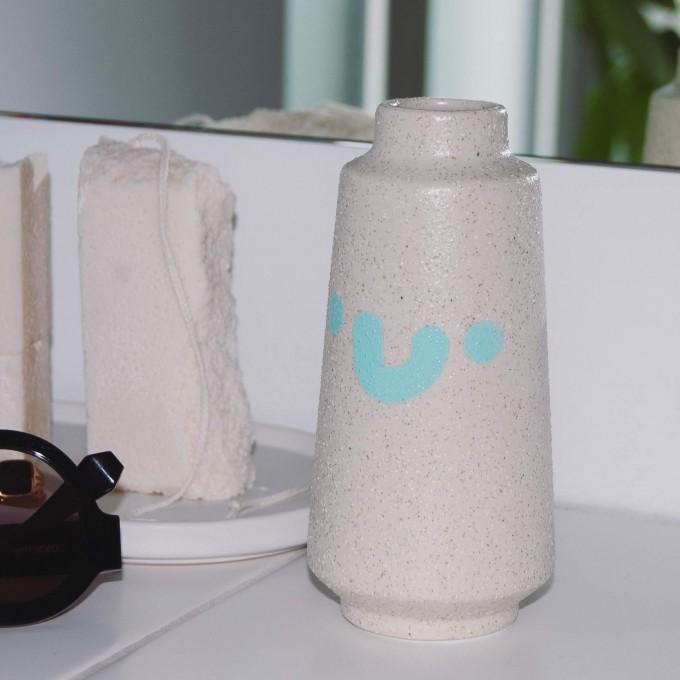 HAPPY Vase – Johanna Schwarzer