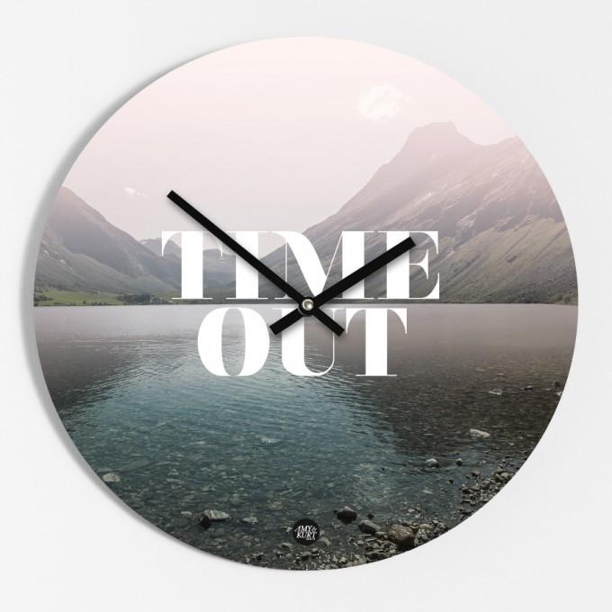 "Amy & Kurt Berlin Wanduhr ""Time Out"""