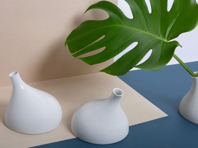 Vase Wand +Tisch