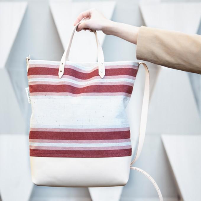 alva Luna Recyclingtasche  aus wiederverwendetem Markisentuch/Leder (rot)
