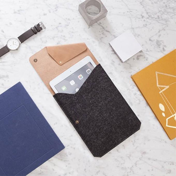 Alexej Nagel Hülle für iPad mini /2/3/4 in Vinage Leder und einzigartigem Design. [B]