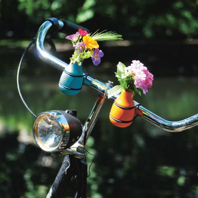 stand der dinge – frieda Fahrradvase
