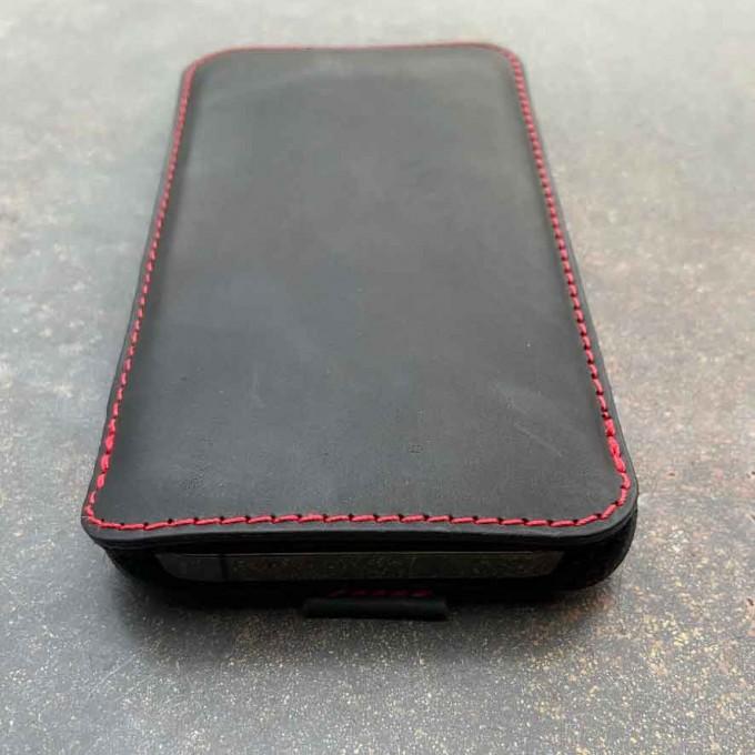 germanmade. iPhone 12 Pro Max Lederhülle - vegetabil gegerbtem Leder & natürlichem Wollfilz