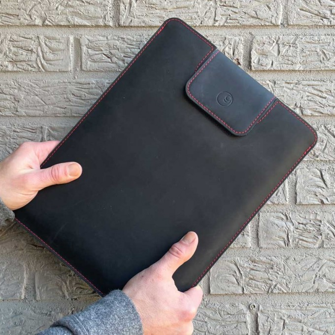 germanmade. MacBook Sleeve schwarz (für verschiedene Modelle)