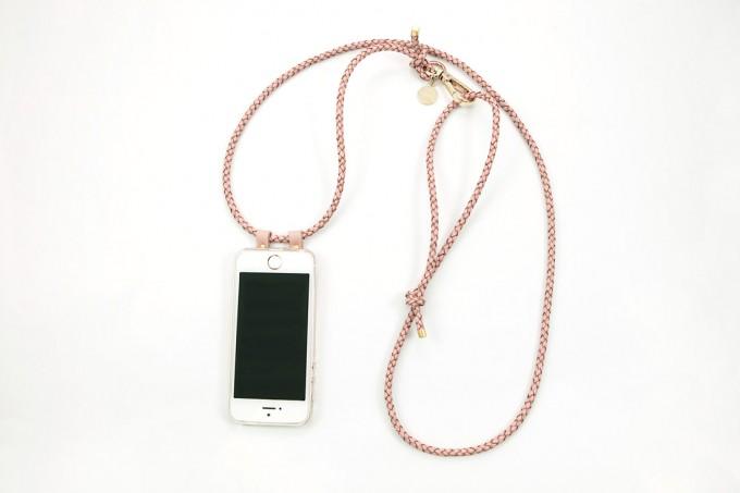 Lapàporter – iPhone Hülle zum Umhängen mit geflochtener Lederkordel, rosé/gold