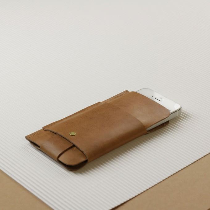 Alexej Nagel iPhone 5/5S/SE Slim Fit Hülle aus Vintage Leder [vintage]
