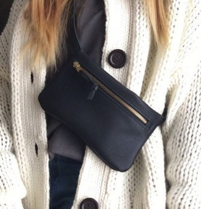 BSAITE Bauchtasche aus echtem Leder / Hip Bag / schwarz