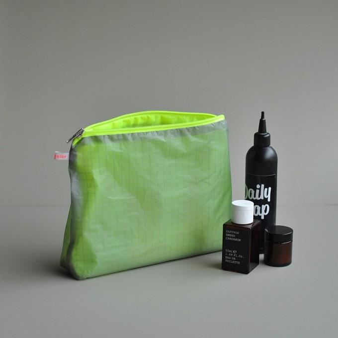 kolor magic pouch with zipper L / Kulturbeutel groß