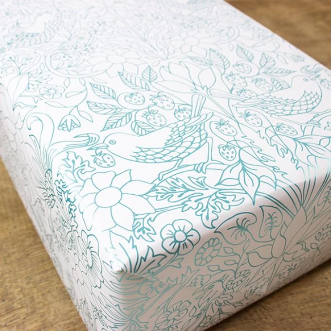 Bow & Hummingbird Geschenkpapier Strawberry Field