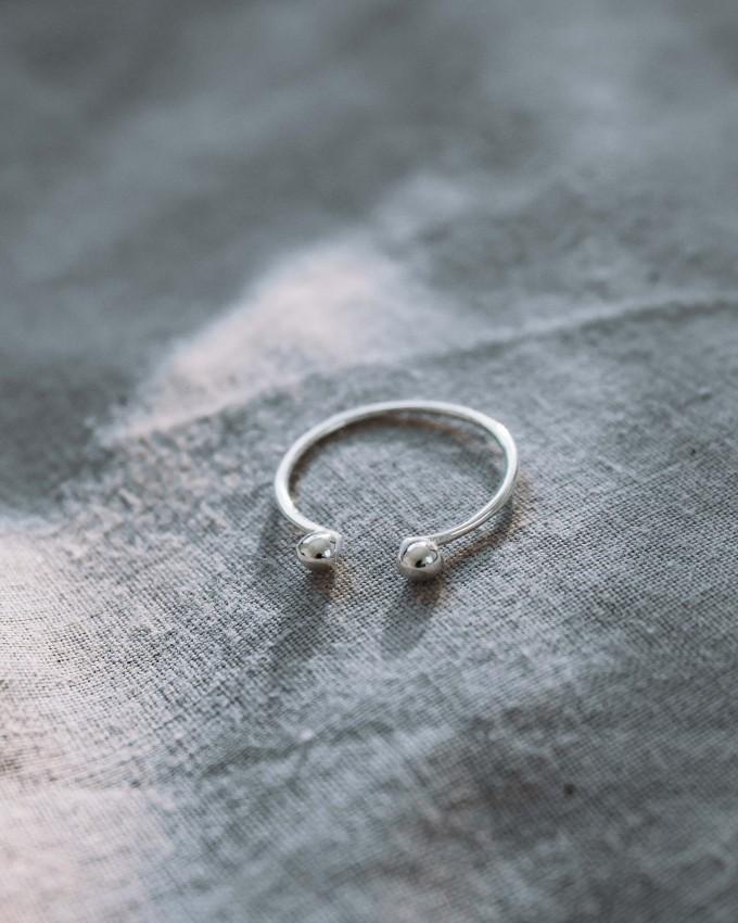 iloveblossom PEBBLE TWIN RING // silber