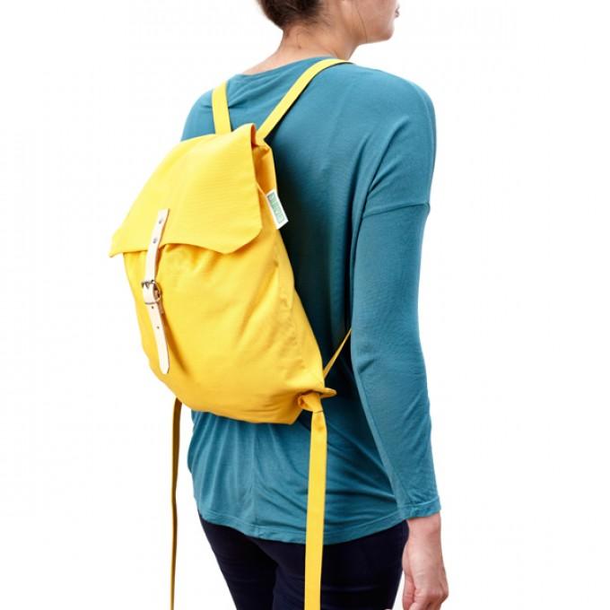 alva Django Recyclingrucksack aus wiederverwendetem Markisentuch/Leder (gelb)