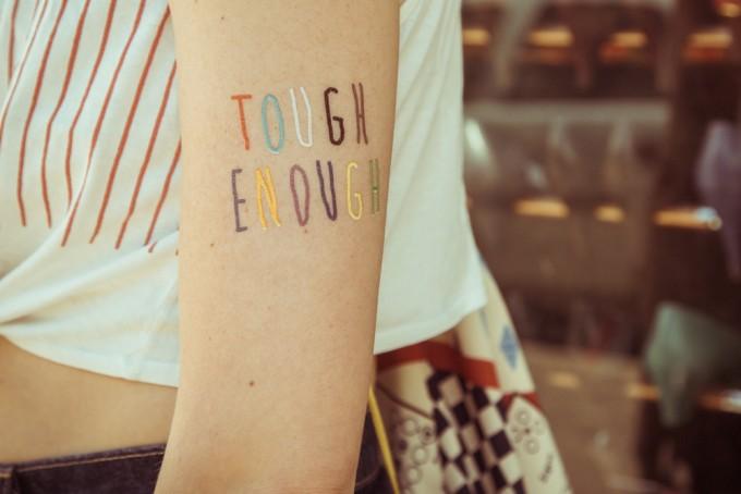 Temporary Tattoo - Tough enough (2er Set)
