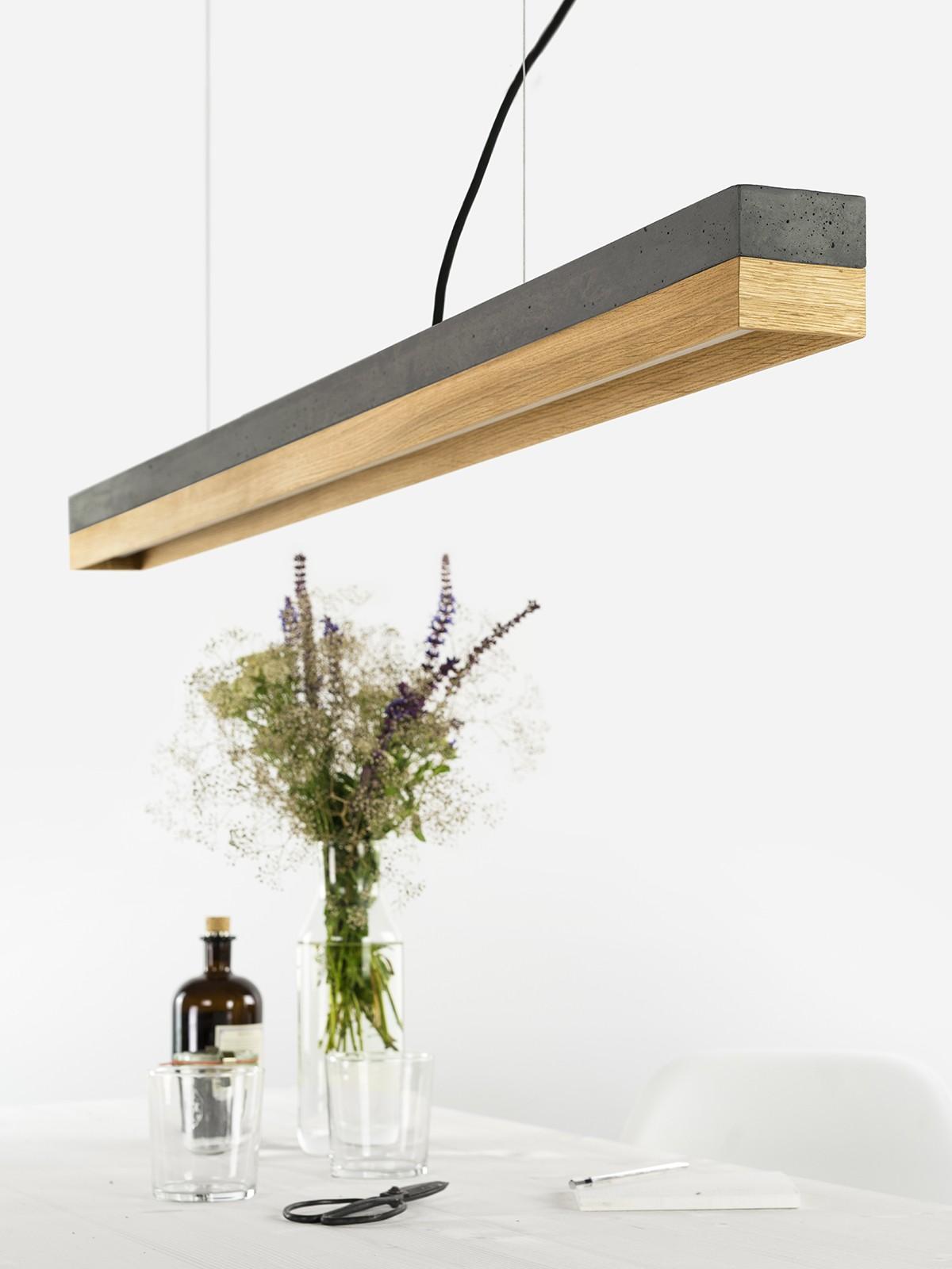 140916_C1_Beton_dunkel_Eichenholz_Lampe_u_ber_Tisch Schöne Lampe Mit Mehreren Lampenschirmen Dekorationen