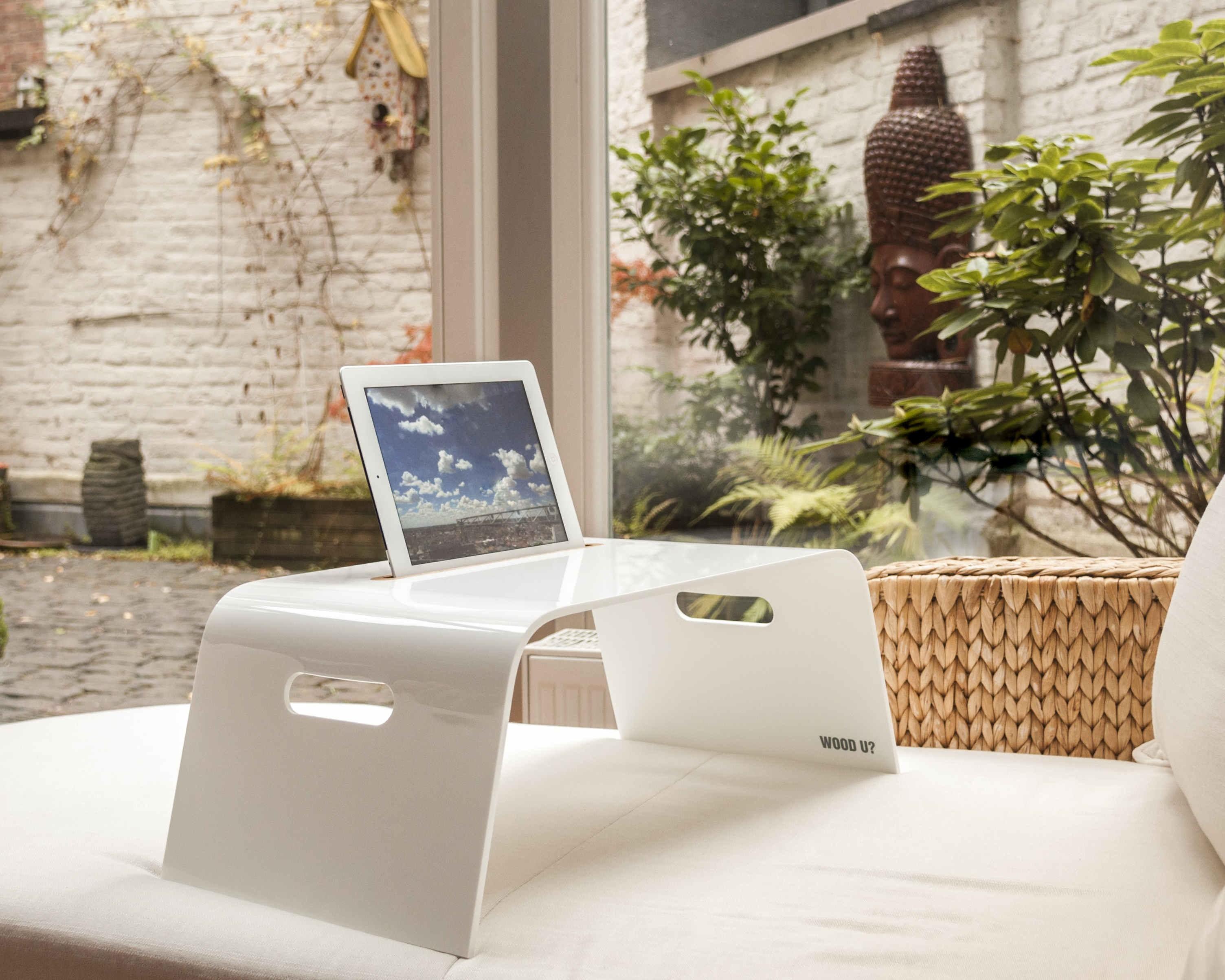 wood u chill halterung f r ipad und tablets f r das bett. Black Bedroom Furniture Sets. Home Design Ideas
