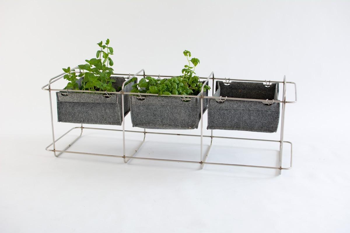 bartmann berlin grit mit kleinen pflanzentaschen gartenm bel. Black Bedroom Furniture Sets. Home Design Ideas