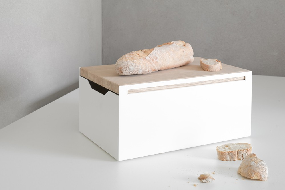 bread box brotkasten aus stahlblech. Black Bedroom Furniture Sets. Home Design Ideas